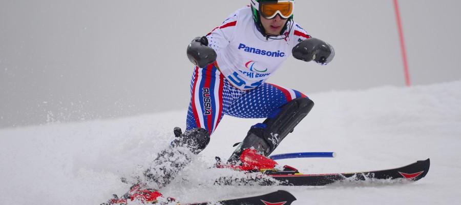 Горнолыжник Александр Ветров завоевал бронзовую медаль на чемпионате мира среди спортсменов с ПОДА.