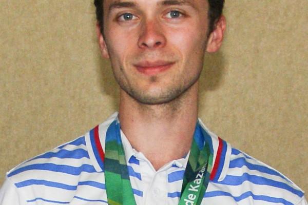 Сергей Каменский – победитель и серебряный призер чемпионата России по стрельбе из малокалиберного оружия.
