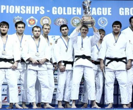 Иван Нифонтов в составе команды «Явара-Нева» завоевал серебро клубного чемпионата Европы «Золотая лига».