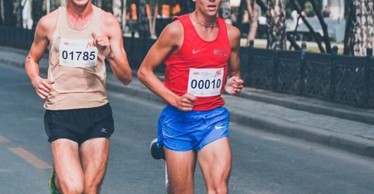 Ильдар Надыров — победитель Сибирского фестиваля бега