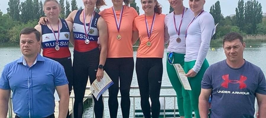 Шесть медалей разного достоинства завоевали алтайские гребцы на Кубке России