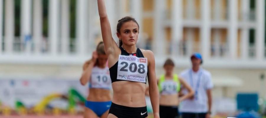 Полина Миллер выиграла Всероссийские соревнования «Мемориал Знаменских» на дистанции 400 метров