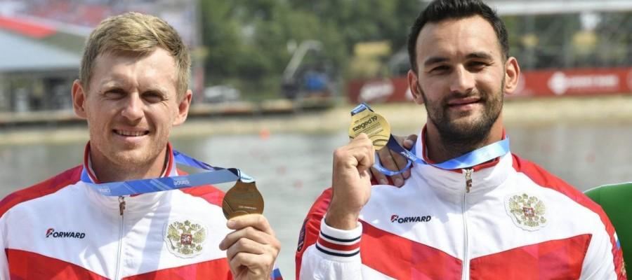 Представитель алтайской гребли Александр Дьяченко завоевал золото на чемпионате мира в Венгрии в составе байдарки-двойки