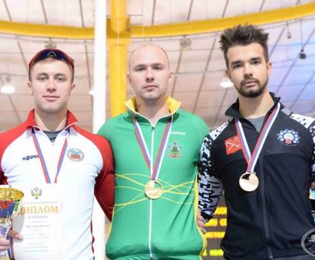 Виктор Муштаков — серебряный призёр чемпионата России на отдельных дистанциях