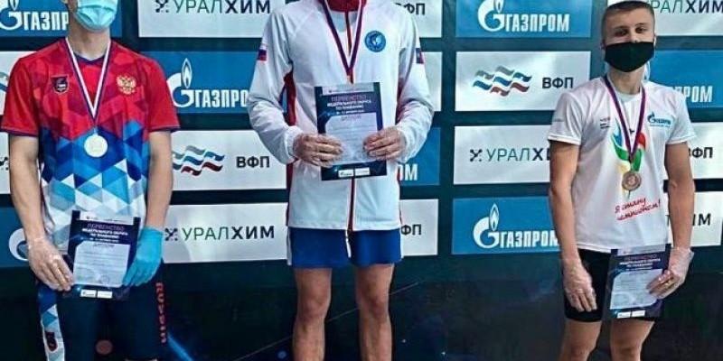 Никита Черноусов — трехкратный чемпион первенства Сибири в Иркутске.