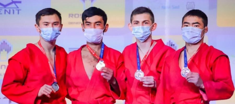 Нурсултан Садуакасов стал серебряным призером первенства мира среди юниоров в Сербии