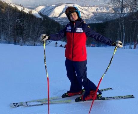 Вероника Цупикова победитель и серебряный призер в слаломе на чемпионате СФО