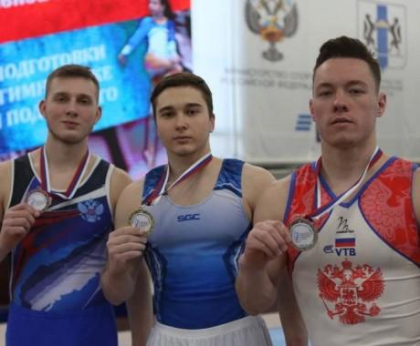 Денис Юров — победитель чемпионата Сибири в многоборье